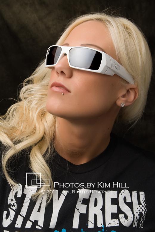 FashionSunglasses_KimHill-1720_520px
